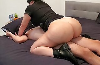 Curvy Busty Police Officer Lust Catches Suspect In Action And Fucks Him