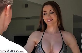 Naughty America Kassandra Kelly Brianna Rose Fucks the landscaper guy