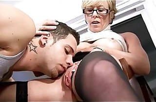 Bitchy mommy rides cock like a pro
