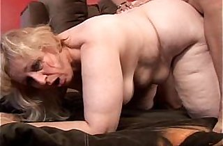 Anne is a big beautiful mature BBW with a lovely large tits