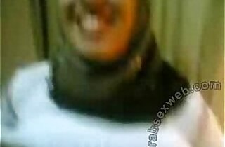 Shy Egyptian In Hijab Shows Pussy by meroo