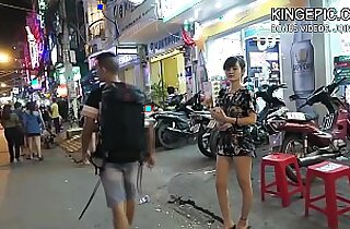 North Korean Defector Picking Up Thai Girls! Hidden Camera