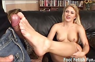 Sabrina wants to give you a perfect footjob